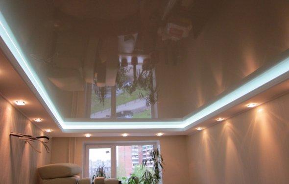 Дизайн потолков в спальне