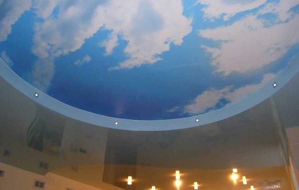 Потолок с печатью и