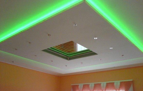 Подвесной потолок из